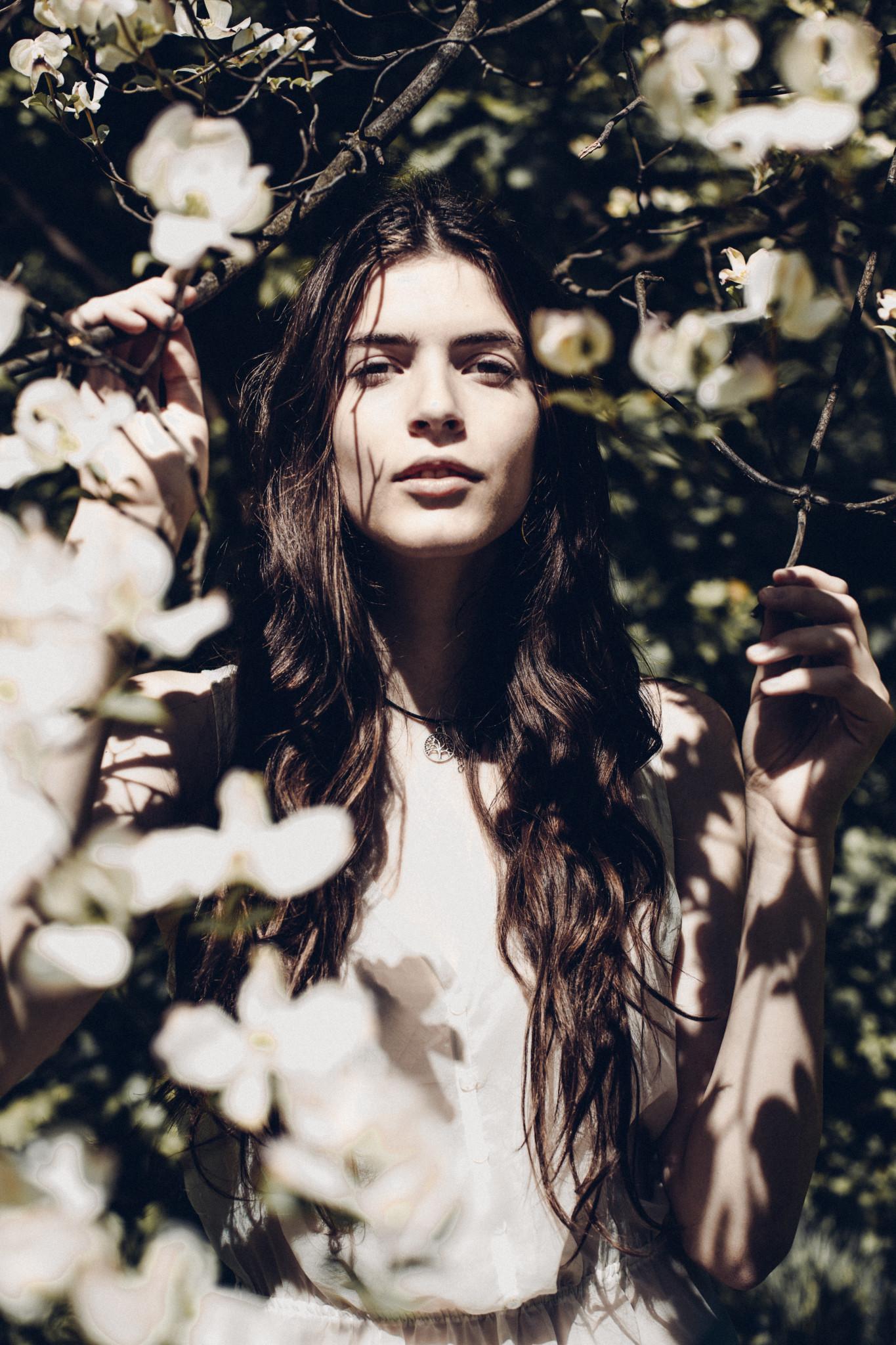 Elisa // The Garden